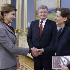 Президент зустрівся із Енн Епплбаум, автором книг-досліджень про ГУЛАГ і Голодомор в Україні (фото)