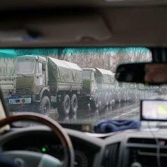 До Луганська з боку Донецька увійшла колона з кількох десятків «Уралів» із військовими – ЗМІ