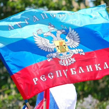 До Луганська заїхало 200 одиниць техніки, телебачення не працює