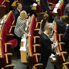 У листопаді депутати Верховної Ради встановили рекорд з кнопкодавства