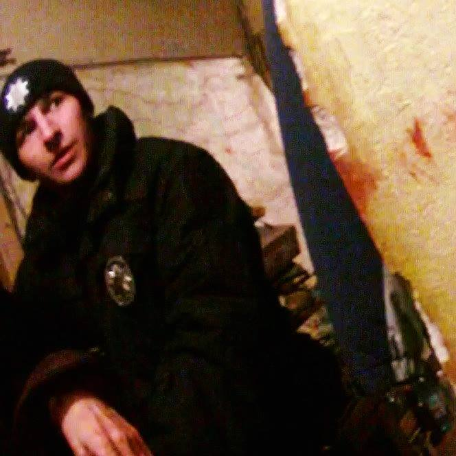Львівські патрульні врятували чоловіка, який намагався вкоротити собі віку