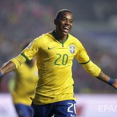 Футболіста збірної Бразилії засудили до дев'яти років позбавлення волі за зґвалтування