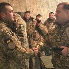 Полторак нагородив військових, які несуть службу в зоні АТО
