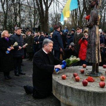 Голодомор є чи не найбільшою бідою в історії України - Президент.