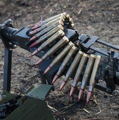 Внаслідок обстрілів двоє українських бійців загинули, двох поранено, ще двоє дістали бойові травми, - штаб АТО