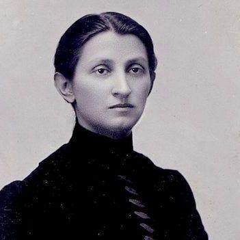 Сьогодні - день народження письменниці Ольги Кобилянської