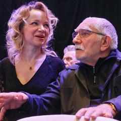 82-річний Армен Джигарханян розлучився з молодою дружиною