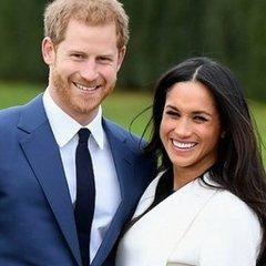 Принц Гаррі із нареченою вперше вийшли у світ (фото, відео)