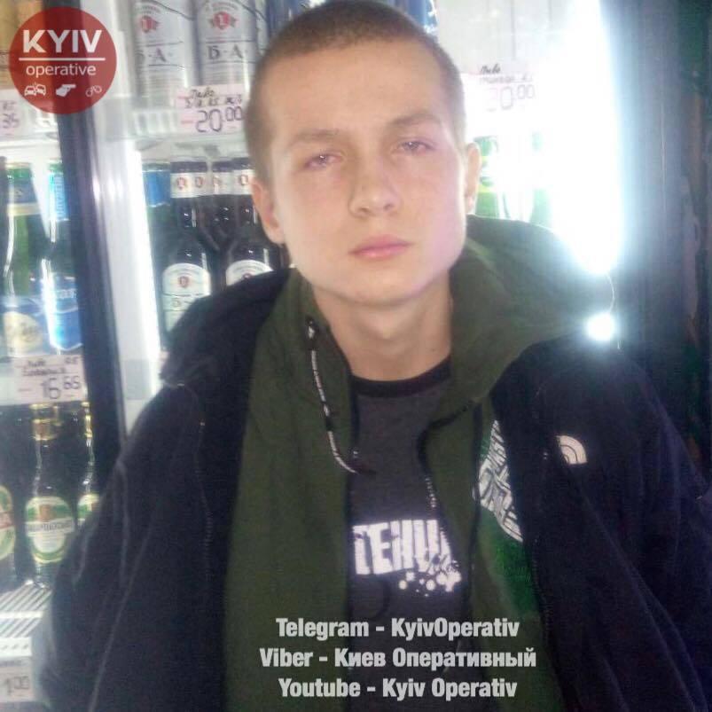 Син нардепа Попова відмовляється давати свідчення стосовно пограбування магазину