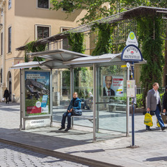 У Німеччині пенсіонера оштрафували на 35 євро за кілька хвилин відпочинку на зупинці