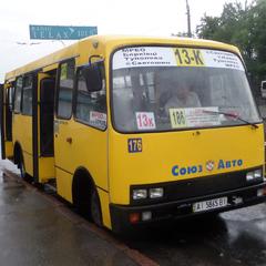 У Києві 40% маршруток возять пасажирів нелегально