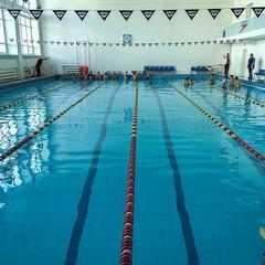 У Львові в басейні одного із вишів помер студент-першокурсник