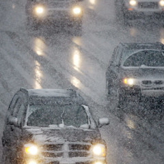 Ожеледиця та льодяний дощ: під Черніговом зіштовхнулися одразу 11 авто