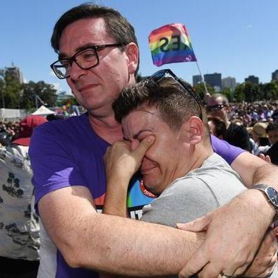 В Австралії сенат схвалив закон про легалізацію одностатевих шлюбів