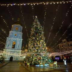 Новорічну ялинку на Софійській площі запалять 19 грудня