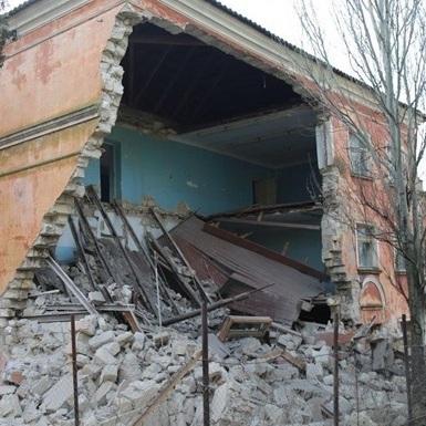 У Керчі впала будівля Морського держуніверситету (відео)