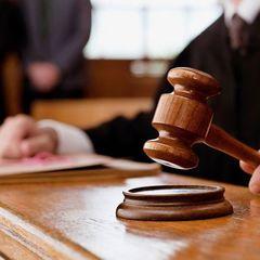 У Польщі розпочався суд за позовом Качинського проти Валенси через дописи у Фейсбуці