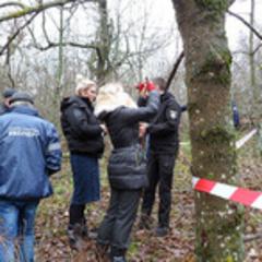 У лісі на Одещині знайшли скелети жінки та двох дітей, що зникли ще у березні