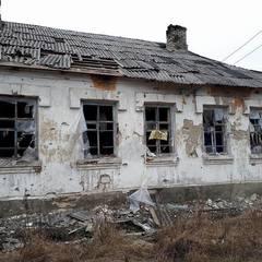Бойовики обстріляли селище в Луганській області (фото)