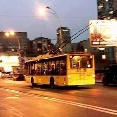 У Києві в тролейбусі сталась масова бійка