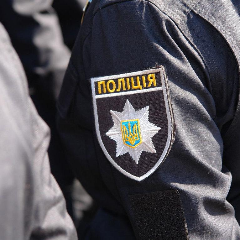 У Харкові підірвали автомобіль з поліцейським