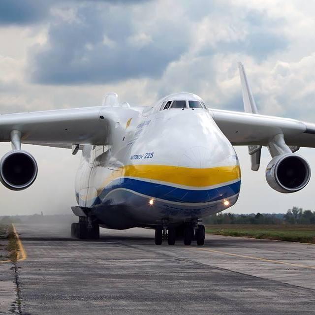 Китай зацікавився у купівлі українських літаків