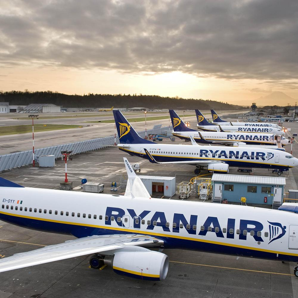 Львівський аеропорт зупинив переговори з лоукостом Ryanair