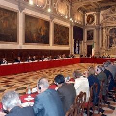 «Венеціанська комісія» вважає обґрунтованою критику мовних норм закону про освіту