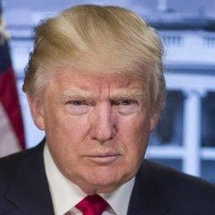 Сексуальний скандал за участі Трампа: сенатори вимагають відставки президента