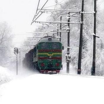 На Харківщині за добу двоє людей потрапили під колеса потягів