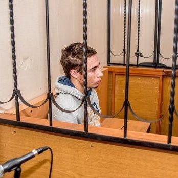 Російський суд переніс розгляд запобіжного заходу для Гриба на 15 грудня – батько