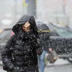 В Україні сьогодні пройдуть дощі та мокрий сніг (карта)