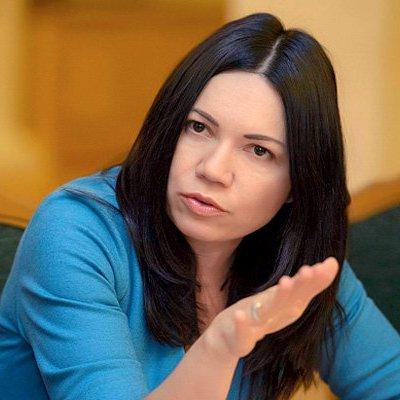 Сюмар роз'яснила логіку законопроекту про акредитацію ЗМІ в Раді