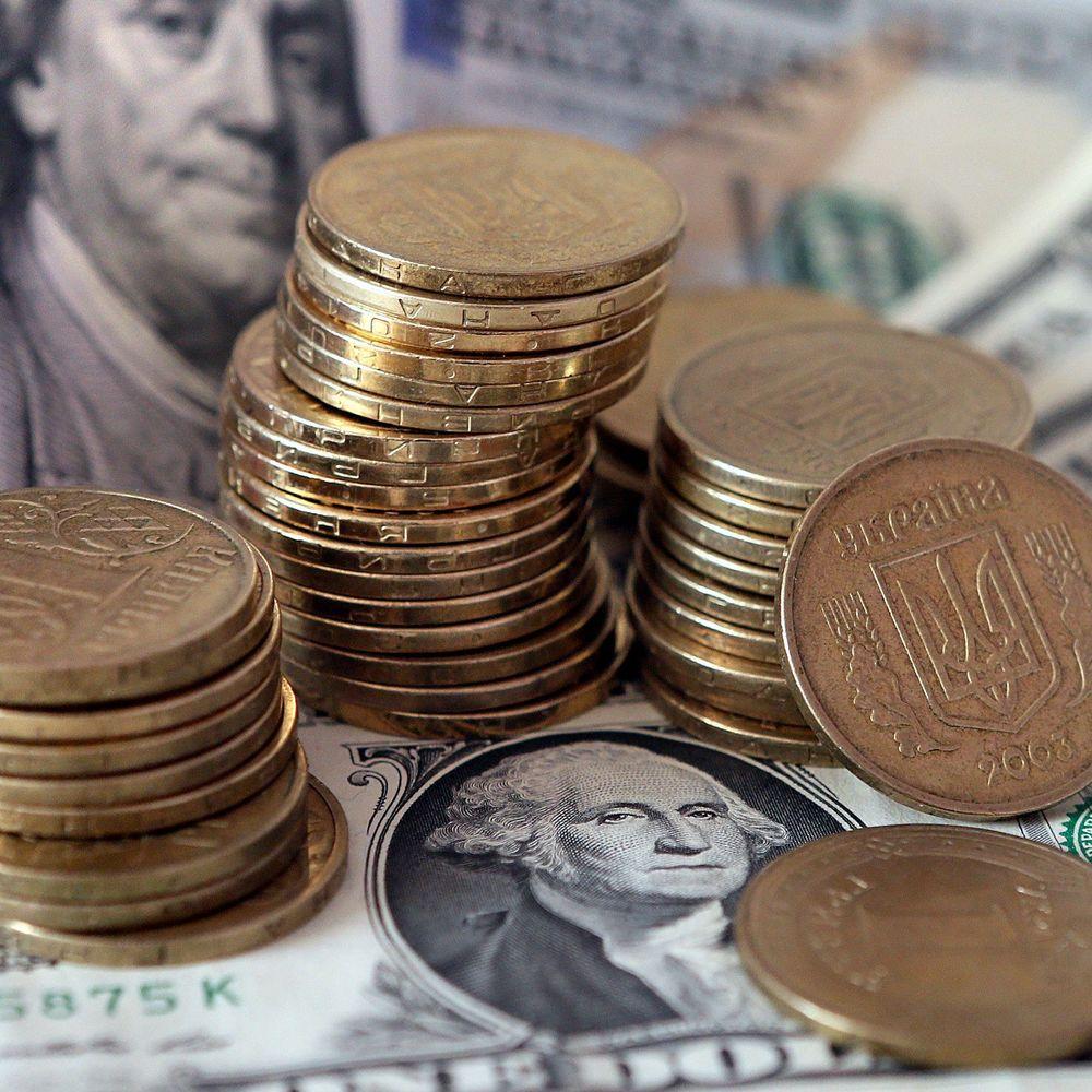 Гривня на міжбанку продовжує знецінюватися