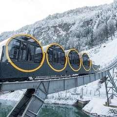 У Швейцарії створили найкрутіший фунікулер у світі