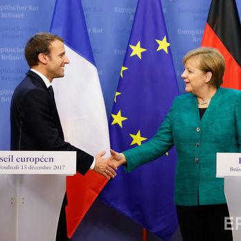 Макрон і Меркель планують до березня узгодити реформу єврозони