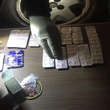 На Львівщині подружжя вчителів продавало учням наркотики (фото, відео)