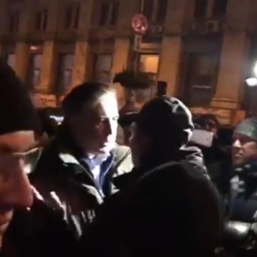З'явилися подробиці перепалки Саакашвілі з поліцейським (відео)