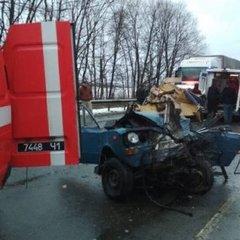 Жахлива аварія на Львівщині: маршрутка буквально розчавила легковик