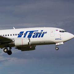 В аеропорту Росії стюардеса випала з літака