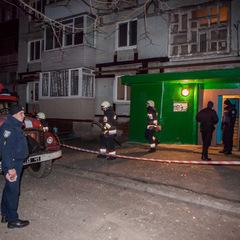 У Дніпрі в житловому будинку стався вибух: поранена співробітниця поліції (відео)