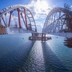 Окупанти завершили ще один етап будівництва Кримського мосту (фото)