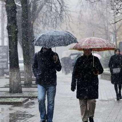 Штормове попередження оголошено на сході та заході України