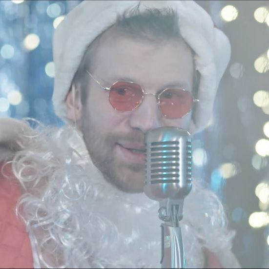 Дорн змусив своїх артистів співати українською (фото, відео)