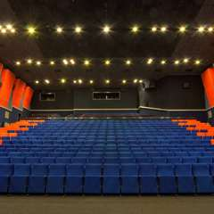 Половина українців не має в своєму населеному пункті кінотеатрів