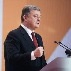 Порошенко привітав перших звільнених українських заручників