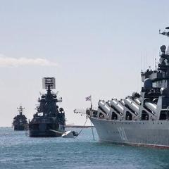 40 російських кораблів вийшли на навчання в анексованому Криму