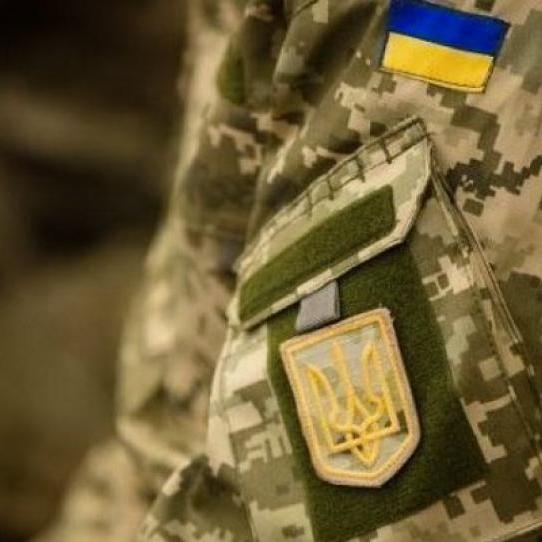 У зоні АТО снайпер бойовиків обстріляв позиції ЗСУ біля Красногорівки, – штаб
