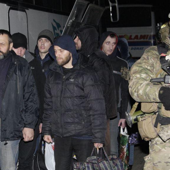 У мережі показали емоційний міні-фільм про масштабний обмін полонених на Донбасі (відео)