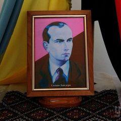 Річниця від дня народження Бандери: у Львові відбувся смолоскипний марш